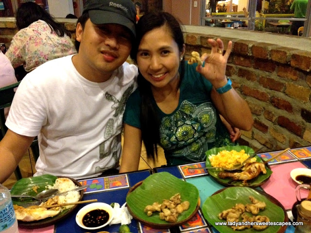 ed-and-lady At Bacolod Chicken House