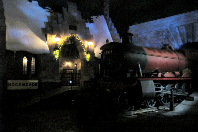 Wizarding World of Harry Potter Christmas
