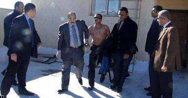 محافظ الاسكندرية ينقذ شاب من محاولة انتحار