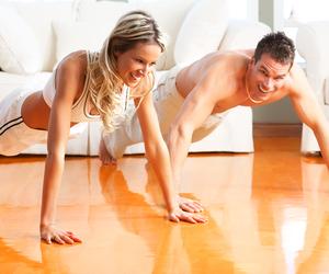 Ejercicios para bajar de peso en casa, ejercicios en pareja