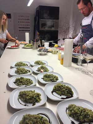 Wir sind alle mit dabei. Zucchini-Risotto mit Kürbiskernöl © diekremserin on the go