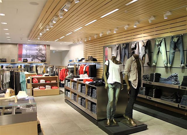 Endereços das lojas Calvin Klein em Miami e Orlando