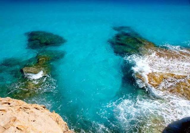 صخور شواطئ مرسى مطروح
