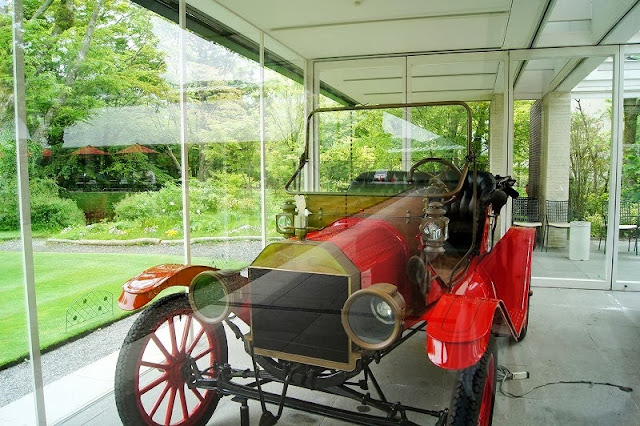 箱根ラリック美術館のマスコットカー