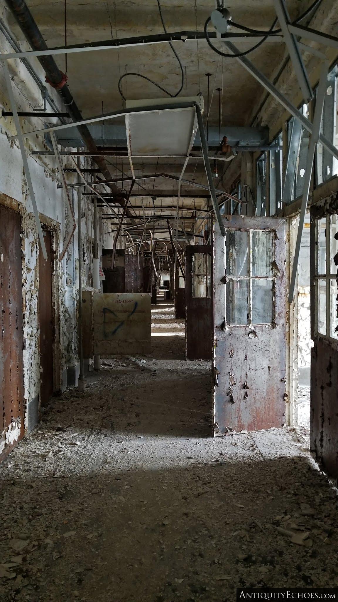 Overbrook Asylum - Splintered Hallway