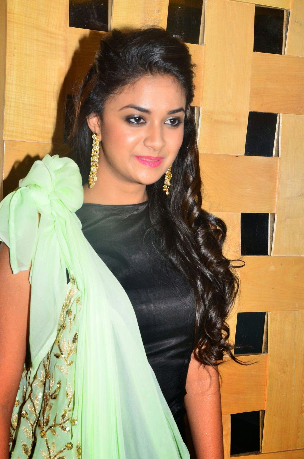 Keerthy Suresh Photos At Audio Launch In Green Dress