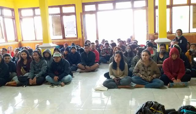 Mahasiswa dari Bali pelajari Suku Tengger di Lumajang
