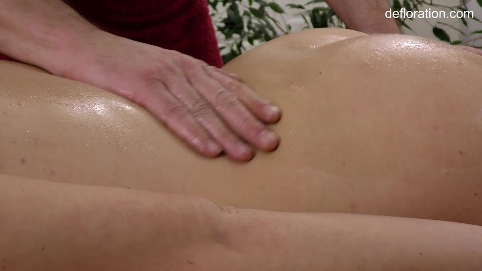 Defloration virgin Fuck first time-def.18.06.28.amy.ledenez.massage.mp4