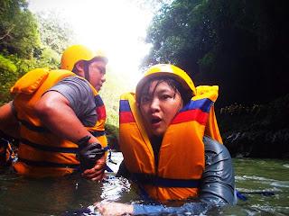 Spot jeram body rafting green canyon