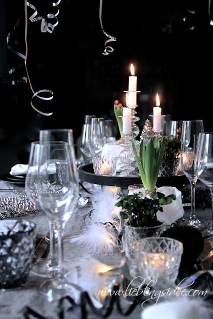 Silvester Tischdekoration Krimidinner