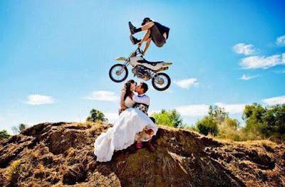 Τρελοί μοτοσυκλετιστές σε δράση!