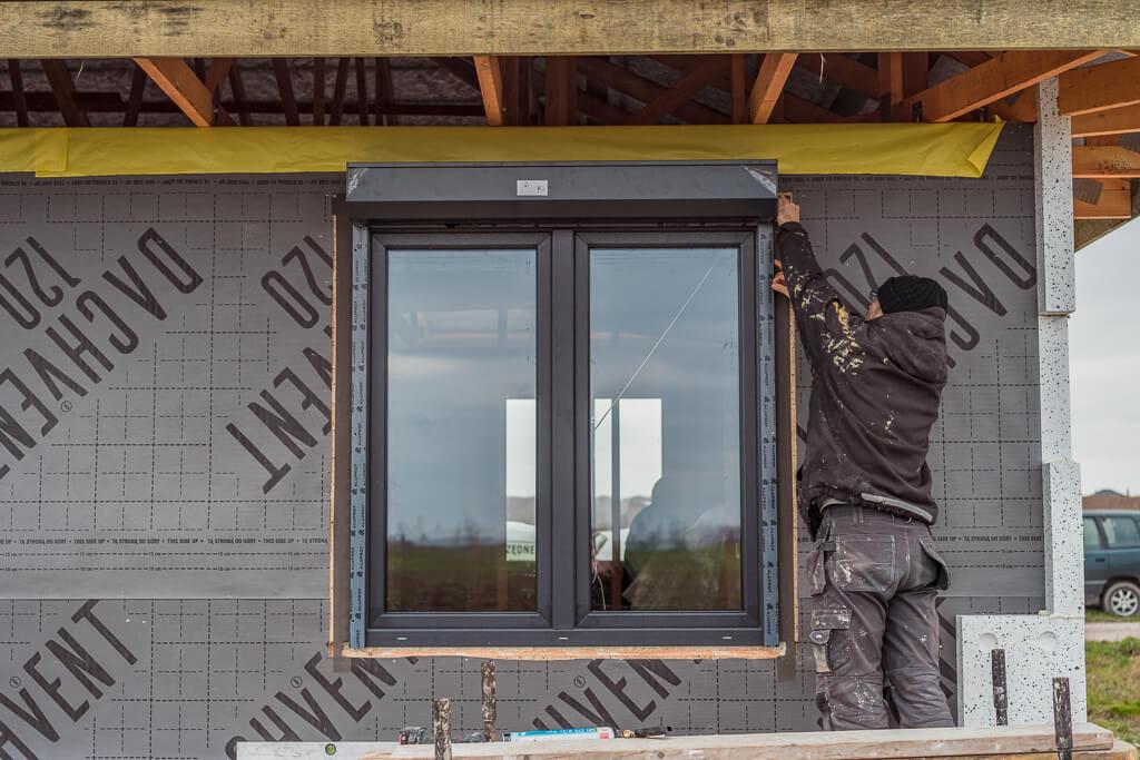 Roleta zewnętrzna na okno