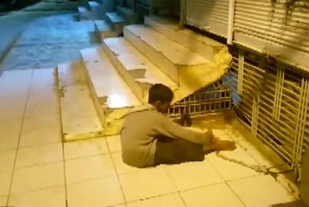 Budak Lelaki 9 Tahun Dilayan Macam Haiwan