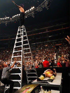 WWE SummerSlam 2009 Jeff Hardy Swanton Bomb CM Punk Off Ladder World Heavyweight Championship