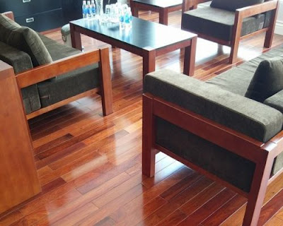 Phong cách nội thất đương đại với sàn gỗ tự nhiên