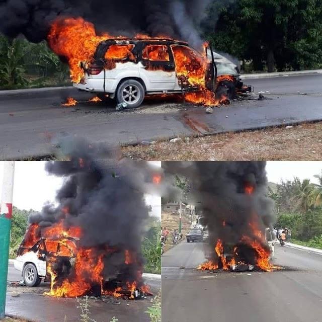 Choque de motocicleta con yipeta deja 2 muertos