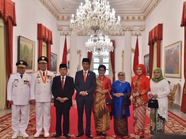 Presiden Lantik Gubernur-Wagub Baru Jawa Barat Ridwan Kamil dan Uu Ruzhanul Ulum