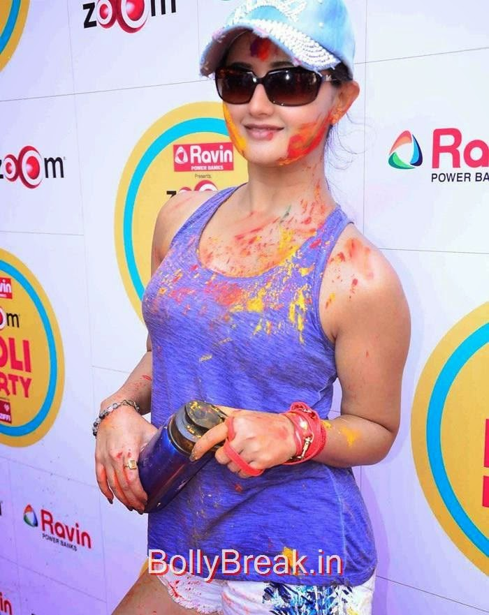 Celebs at Zoom Holi Party, Rashmi Desai, Poonam Pandey Hot Pics at Zoom Holi Party 2015