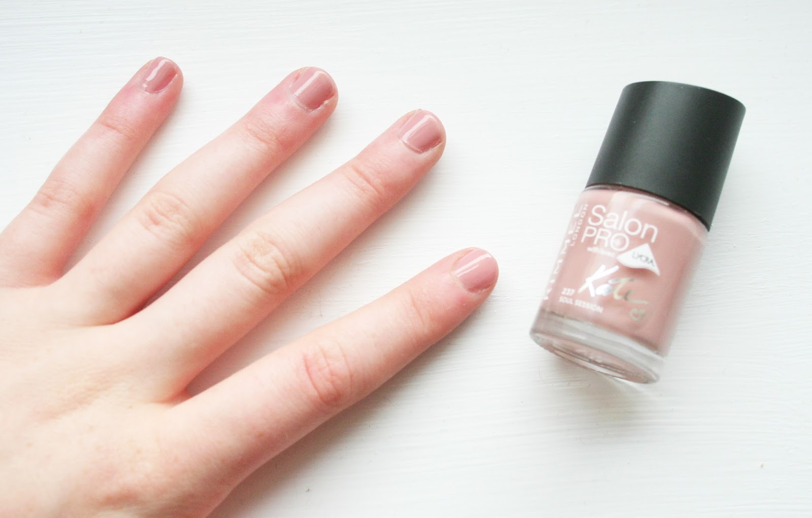 NOTD || Rimmel Kate Moss Nude Collection in Soul Session