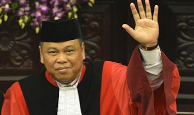 Ketua MK Arief Hidayat harusnya Mengundurkan Diri