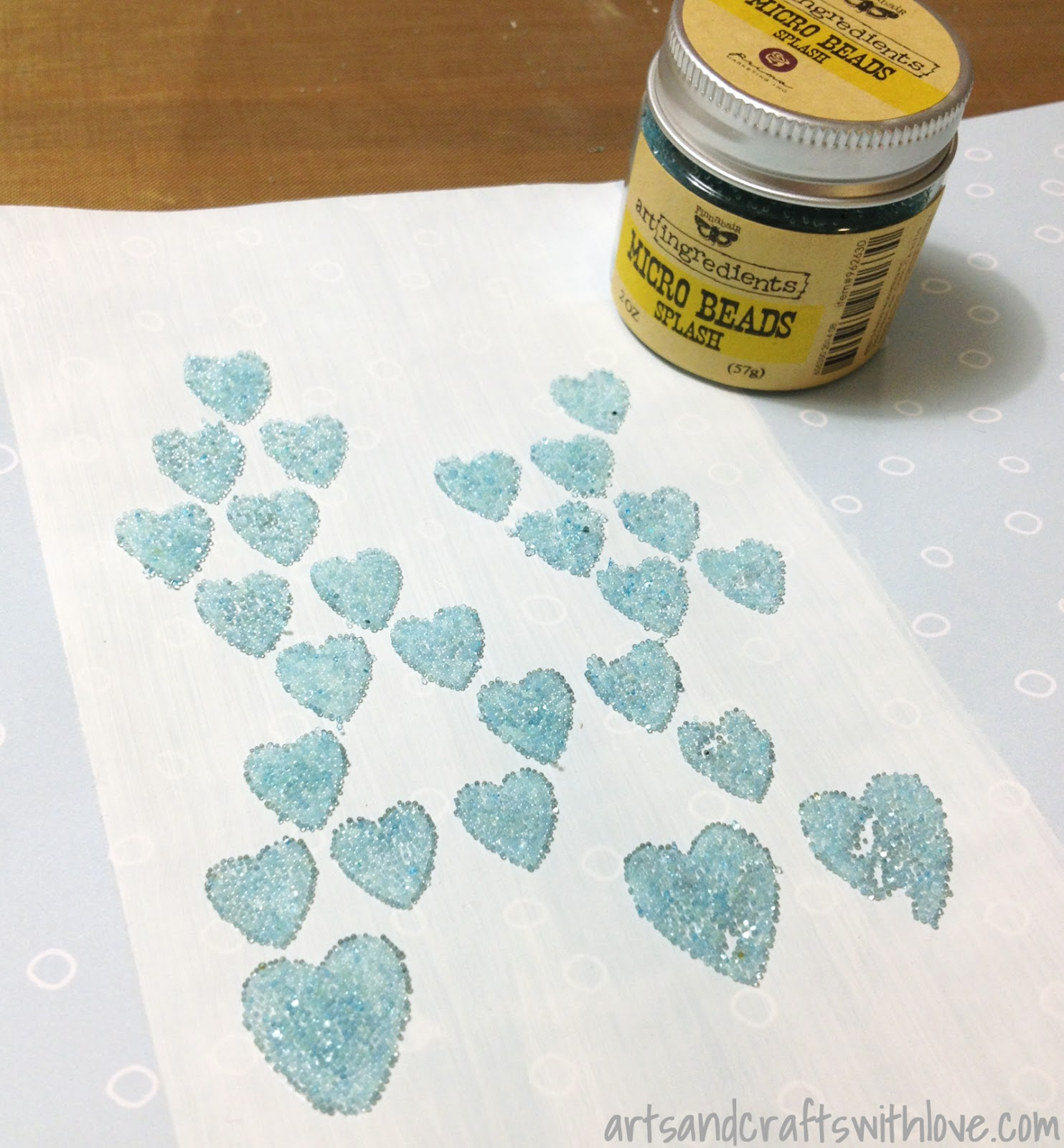 Texture paste with micro beads