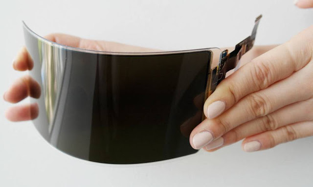 Samsung Display Says Unbreakable, Flexible Screen Passes U.S. Safety Test