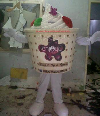 lihat peragaan kostum yoghurt maskot ice cream full body