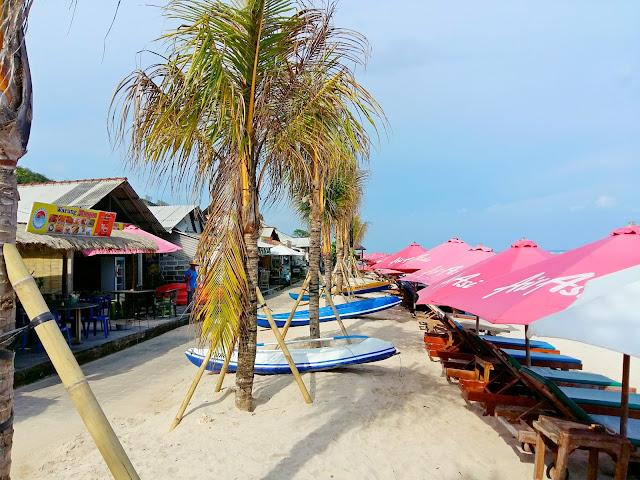 хорошие пляжи  на бали.Pandawa beach