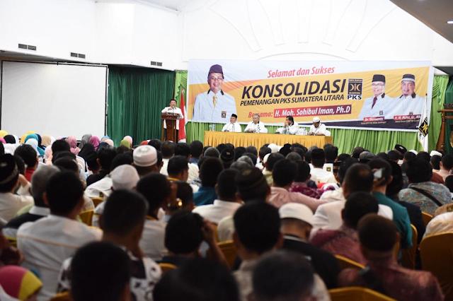 Presiden PKS Bakar Semangat Ribuan Kader untuk Pemenangan Sumut