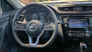 Browse our Nissan Rogue Hybrid SV 2017 photo gallery. View number of high quality new Nissan Rogue Hybrid SV 2017 pictures. Photos of the exterior and interior of the Nissan Rogue Hybrid SV 2017. View exterior Nissan Rogue Hybrid SV 2017 photos and pictures to see the car from all angles. Take your time to review every element of the Nissan Rogue Hybrid SV 2017 including the headlights, side view curb side appeal,wheels, car doors, and more