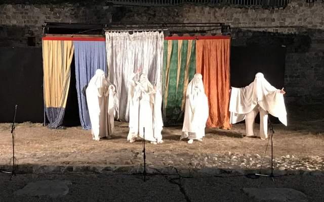 Buona la prima! Il teatro romano riapre dopo 2mila anni a fa il pienone.