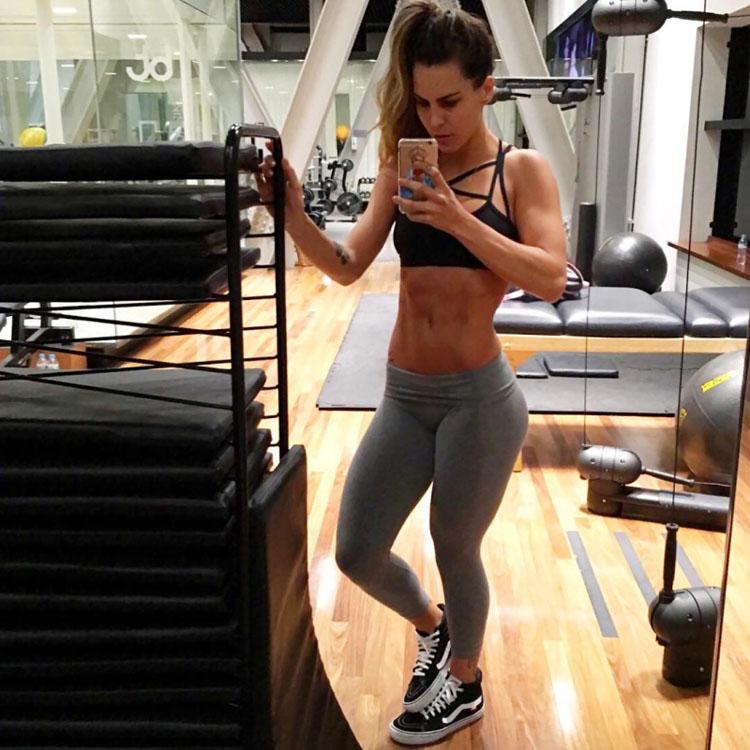 fitness model Camila Guper 2