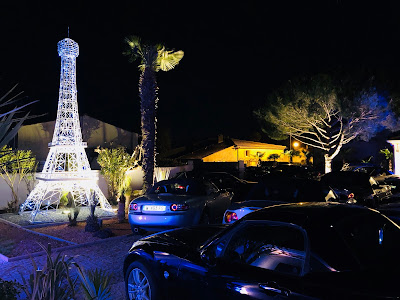 Tour Eiffel géante en fer galvanisé éclairage LED