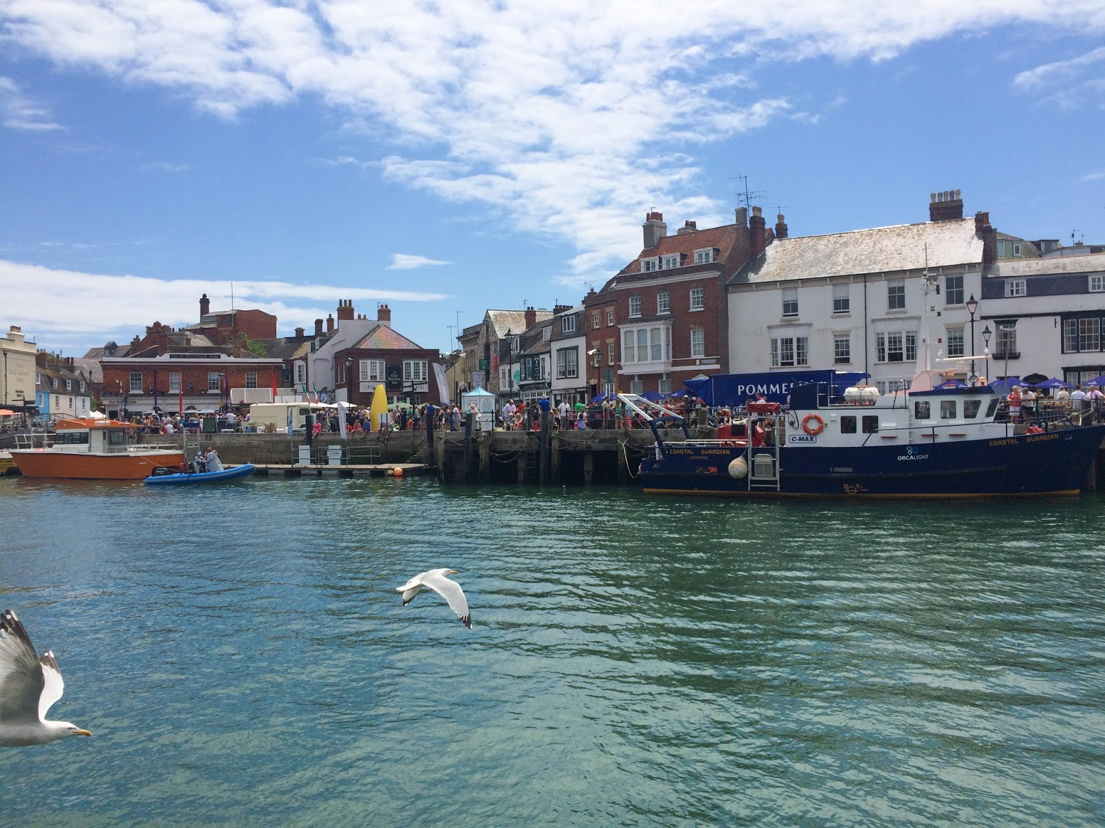 Pommery Dorset Seafood Festival in Weymouth, Weymouth Harbouri, street food, food bloggers, lifestyle bloggers