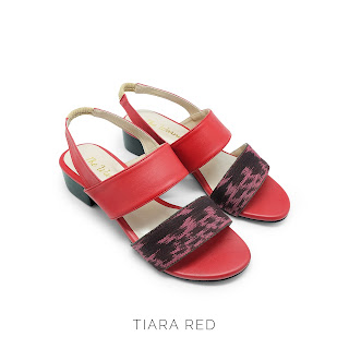 TIARA RED THE WARNA