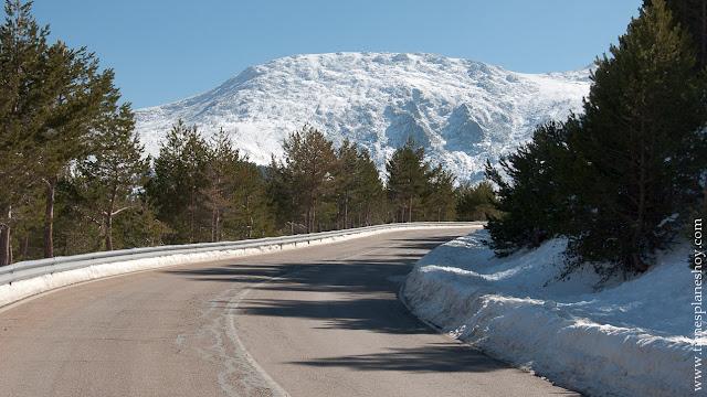 Ruta circular raquetas nieve planes sierra madrid invierno senderismo