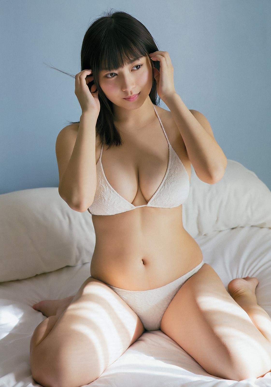 Riona Ota 太田里織菜