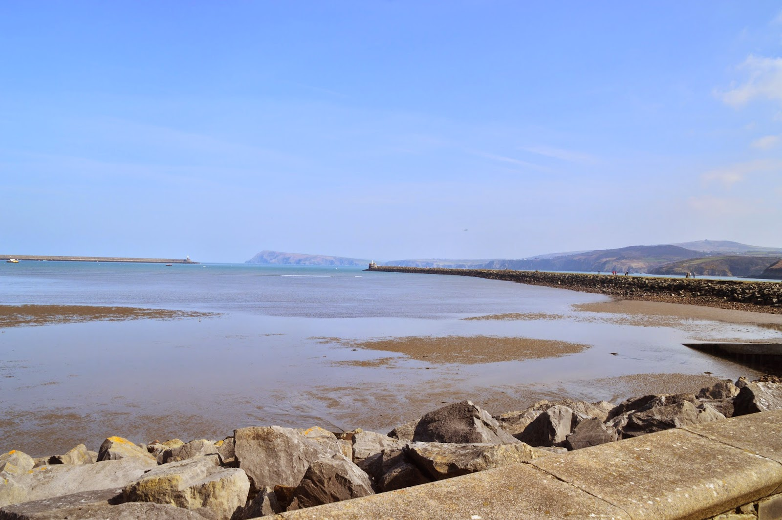 , A Good Afternoon at Goodwick
