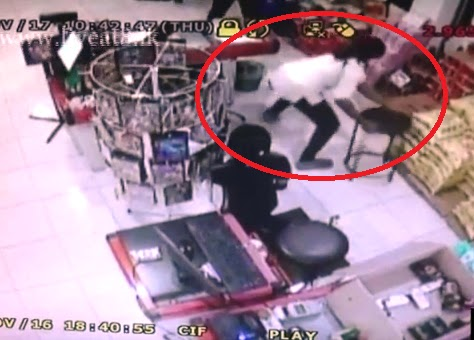 Bandaragama shop theft cctv footage