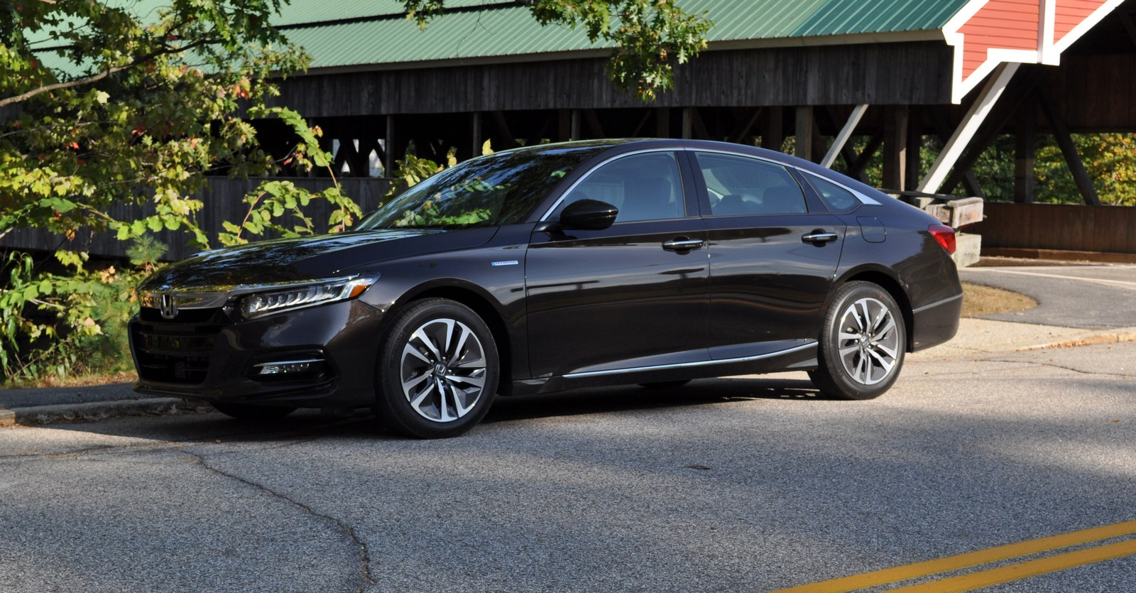 2018 Honda Accord Hybrid >> First Drive: 2018 Honda Accord Hybrid Is A No Compromise Green Machine | Carscoops