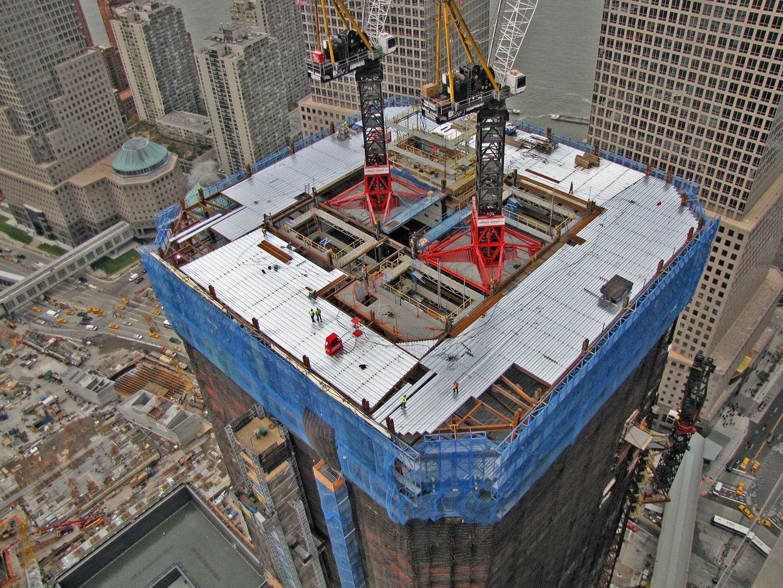 Tower Crane Climbing : Civil at work types of tower cranes