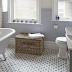 Τα 10 πράγματα που πρέπει να πετάξετε αμέσως από το μπάνιο σας