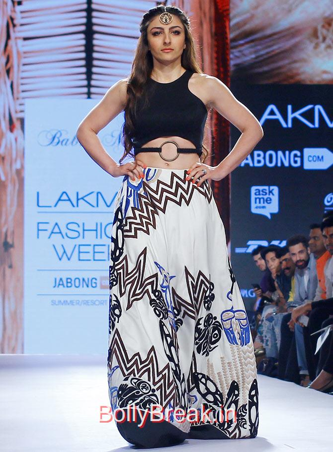 , soha Ali Khan hot Pics from Lakme Fashion week 2015