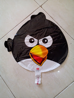 Foil Character Angry Bird Hitam