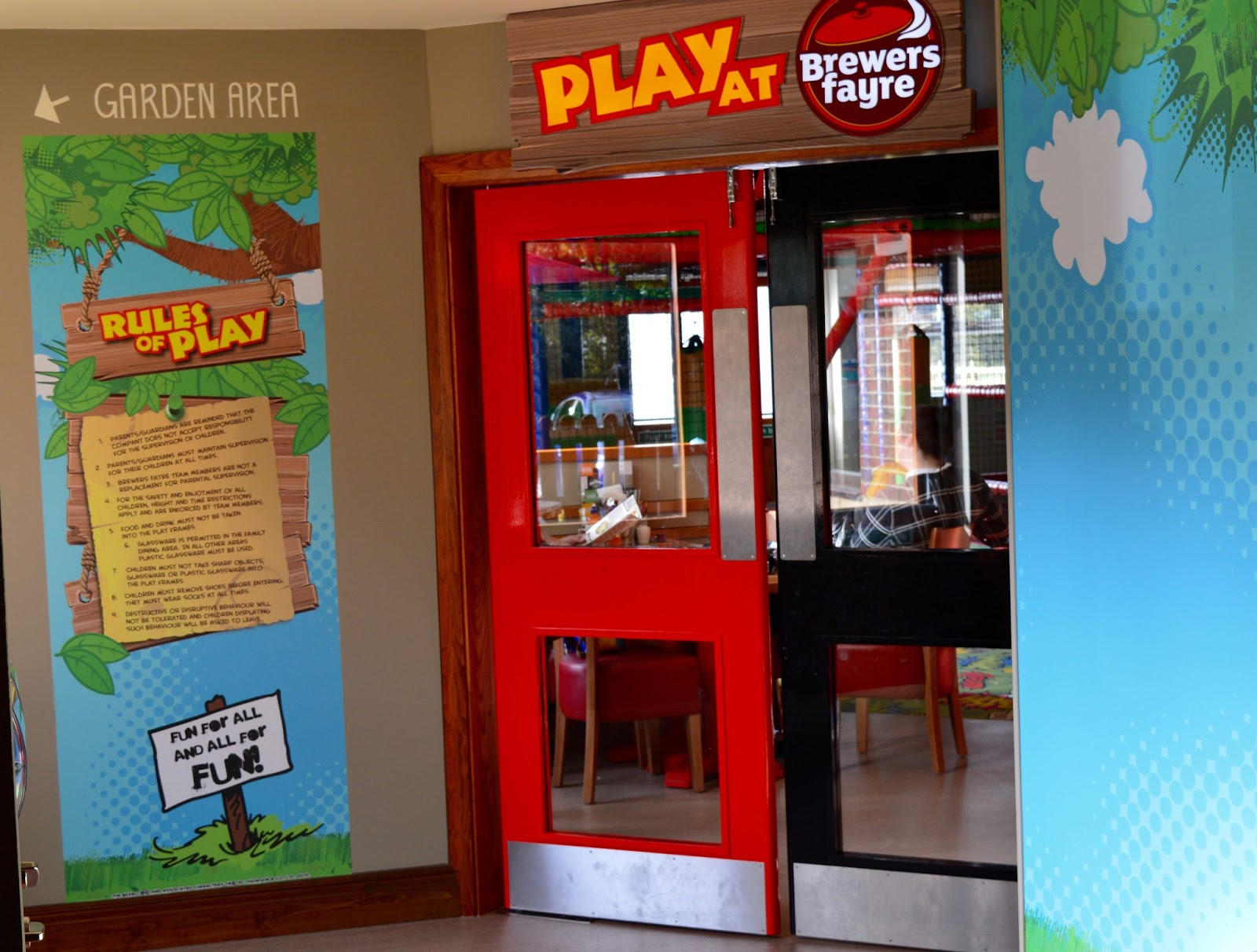 Derwent Crossing Brewers Fayre near intu Metrocentre | Play Area & Children's Menu Review - play area entrance