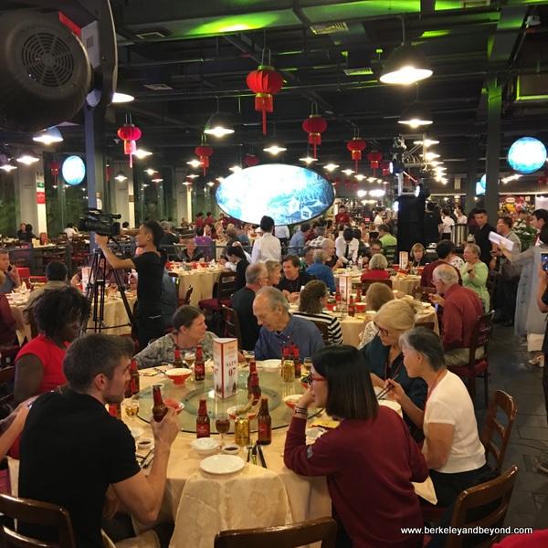 interior of Tian Yi Jiao Restaurant in Wenzhou, China