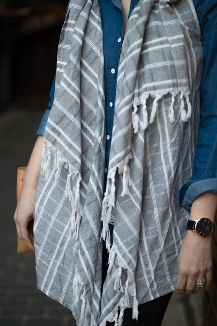 spring-linen-fringe-vest