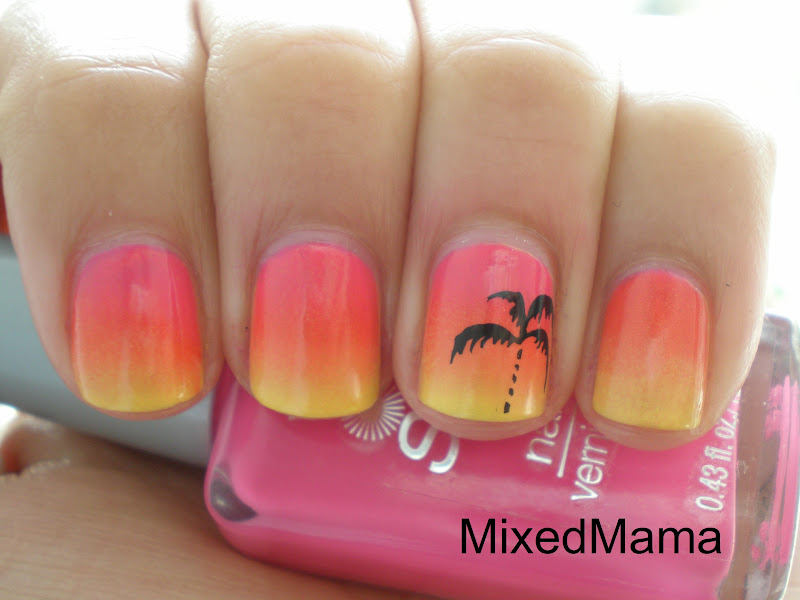 MixedMama: Tropical Sunset Nails