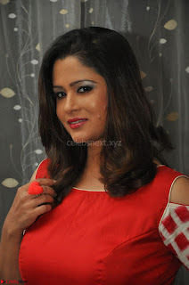 Shilpa Chakravarthy looks super cute in Red Frock style Dress 024.JPG
