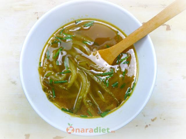 Sopa Tailandesa de Pepino
